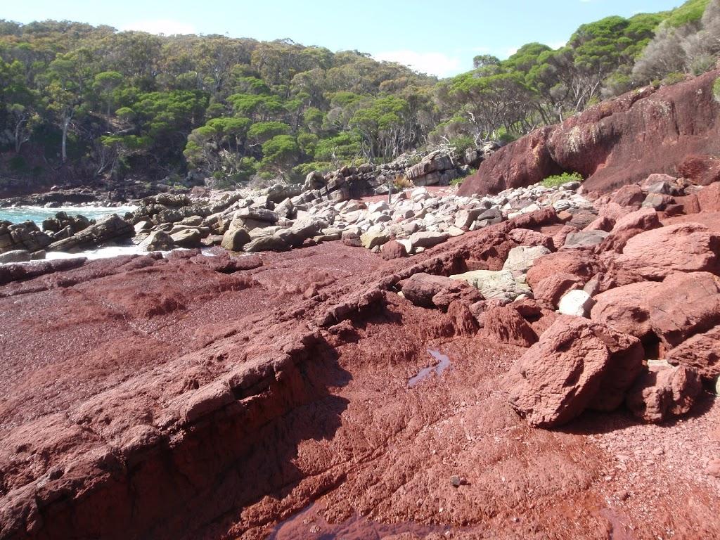 Red sands bay