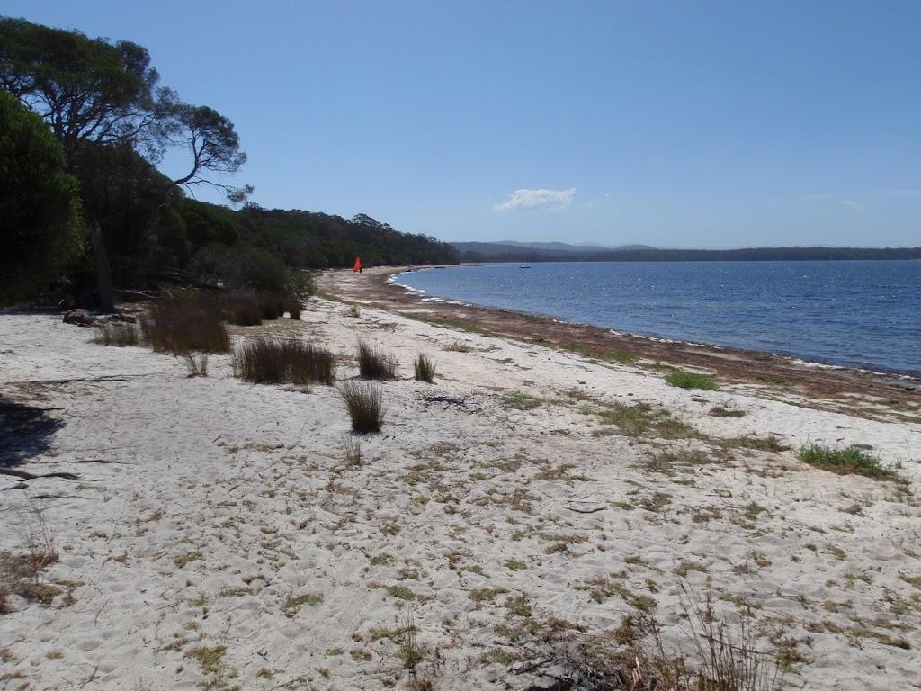 Hobart Beach (105055)