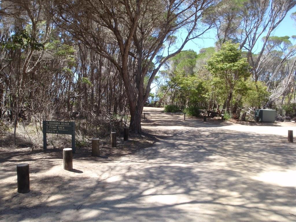 Track into Bournda Lagoon car park