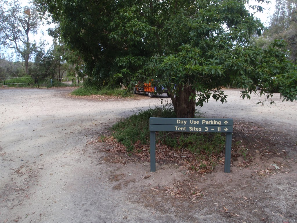 Day use parking area sign, Saltwater Creek camping area