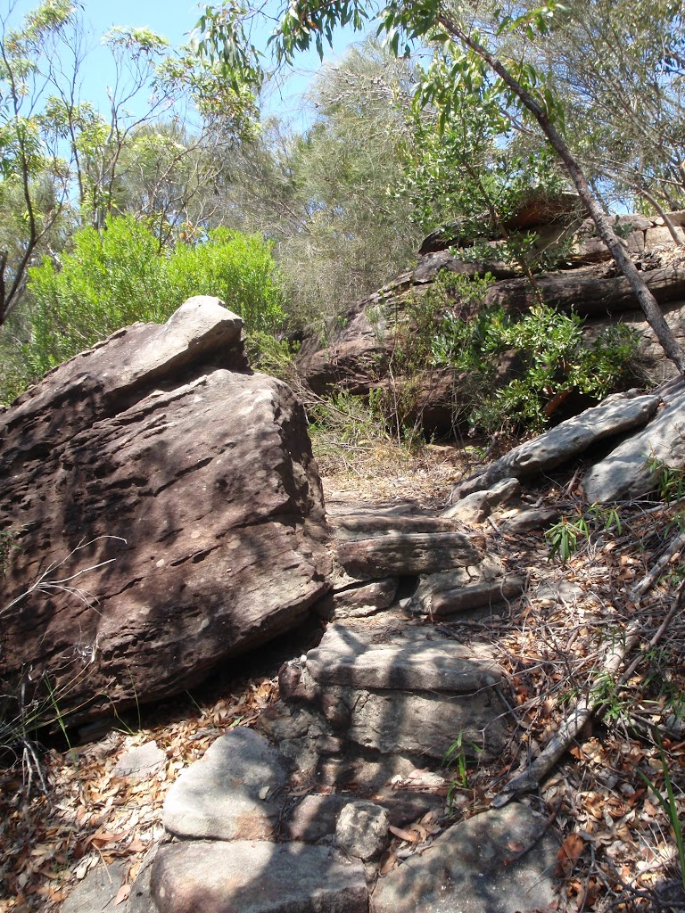 Marley Track through rocky outcrop