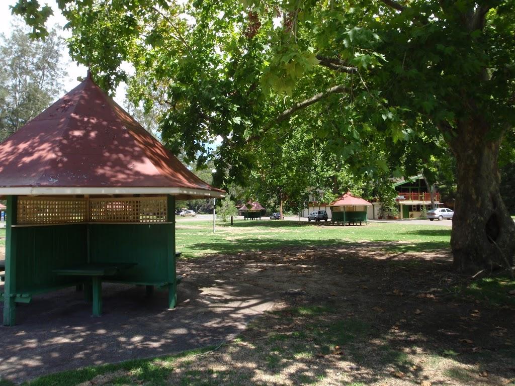 Picnic shelter at Bobbin head