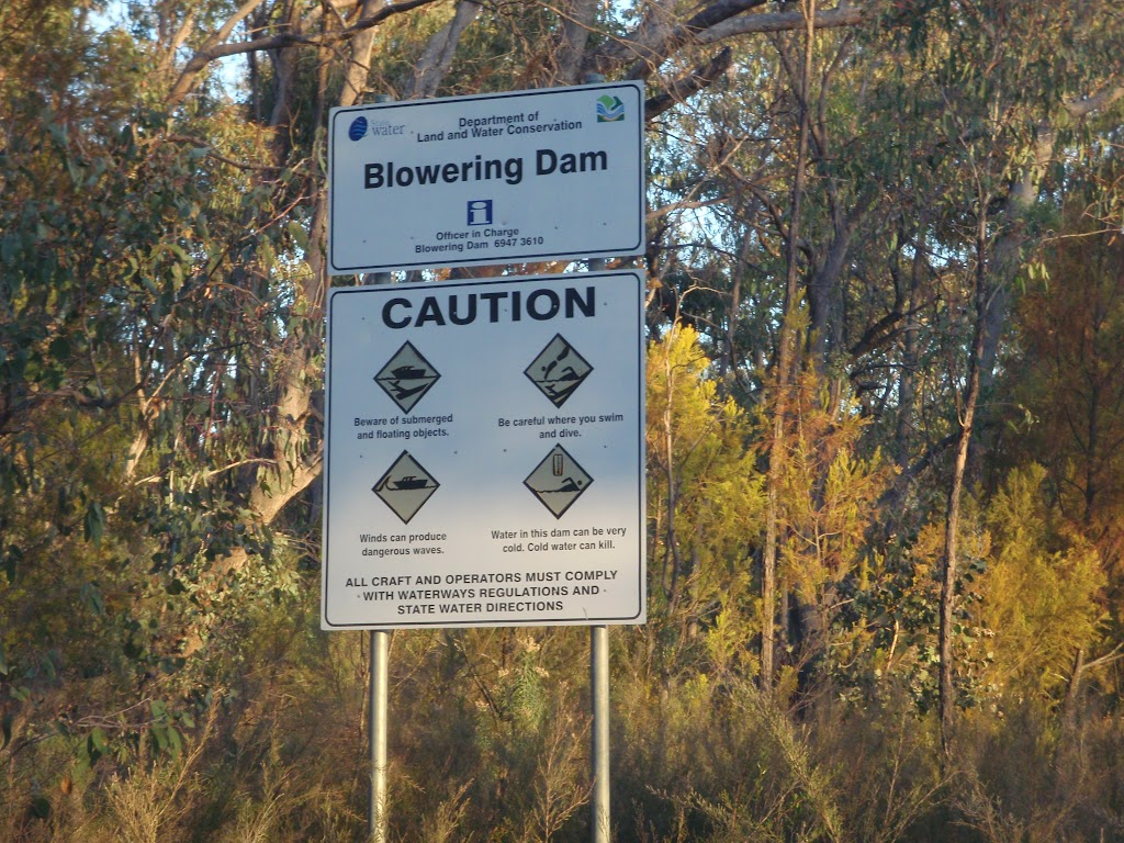 Warning about the water and hazards in the dam