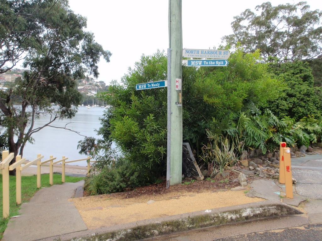 Sign on Manly Scenic Walkway