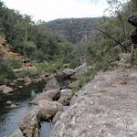 Rock shelf beside Erskine Creek (144339)