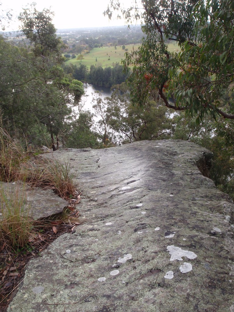 Lapstone Lookout over Nepean River