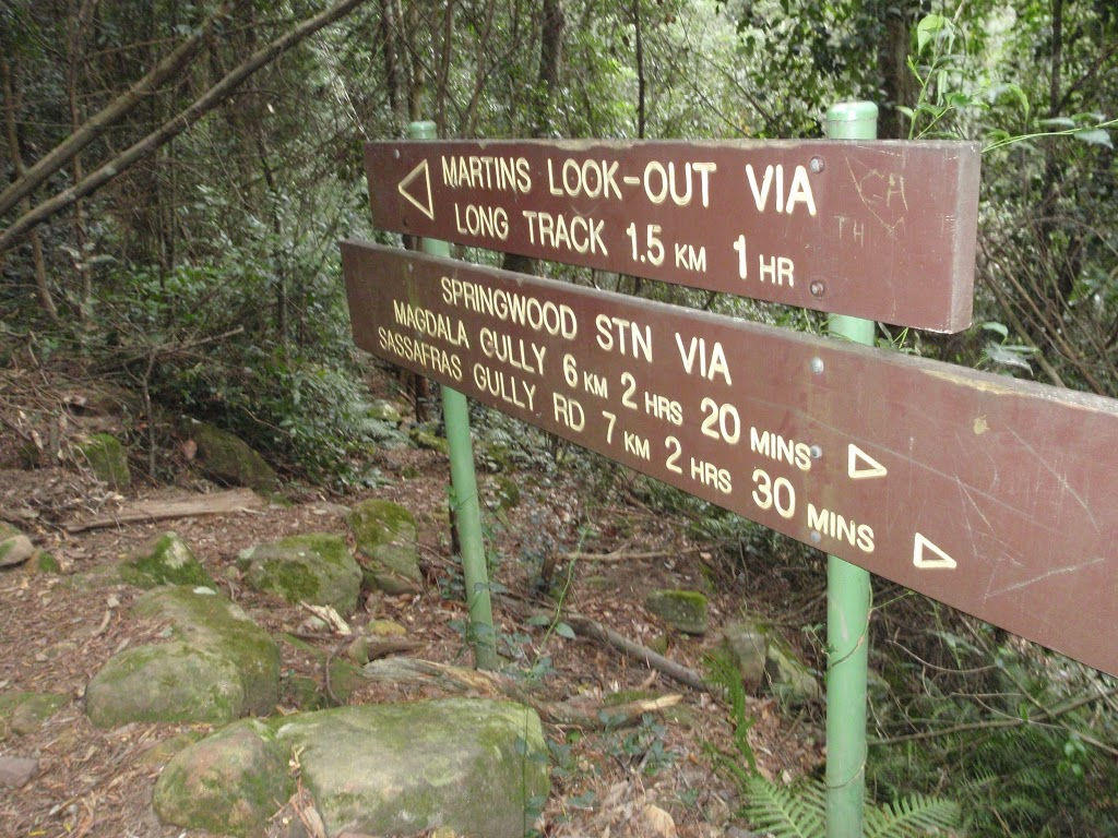Signs below Martins Lookout (147249)