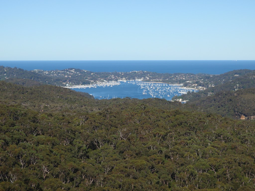 Views of Pittwater from the end of the Willunga track