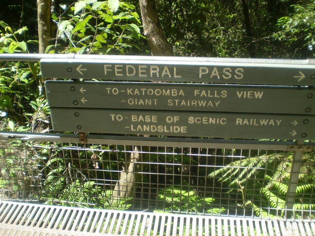 Federal Pass sign