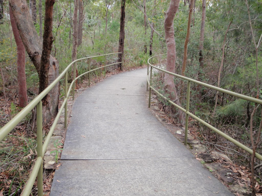 Bungoona Path and hand railings (170976)