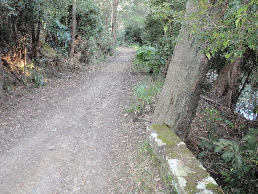 Stone boundary on Lady Carrington Drive