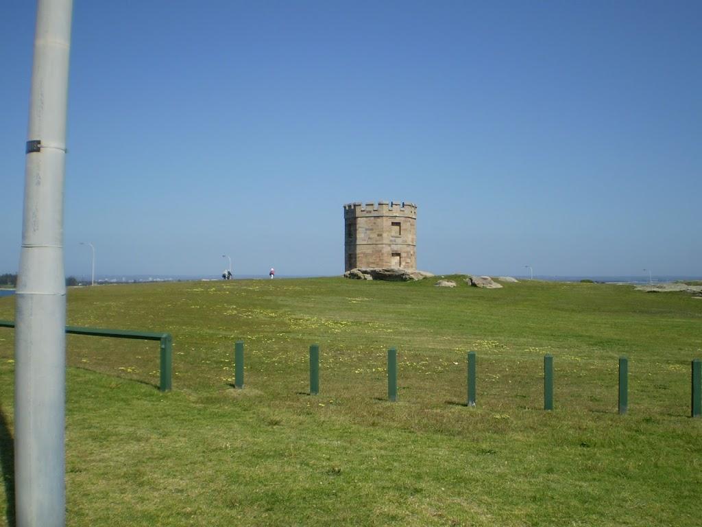 Barracks Tower near La Perouse (17568)