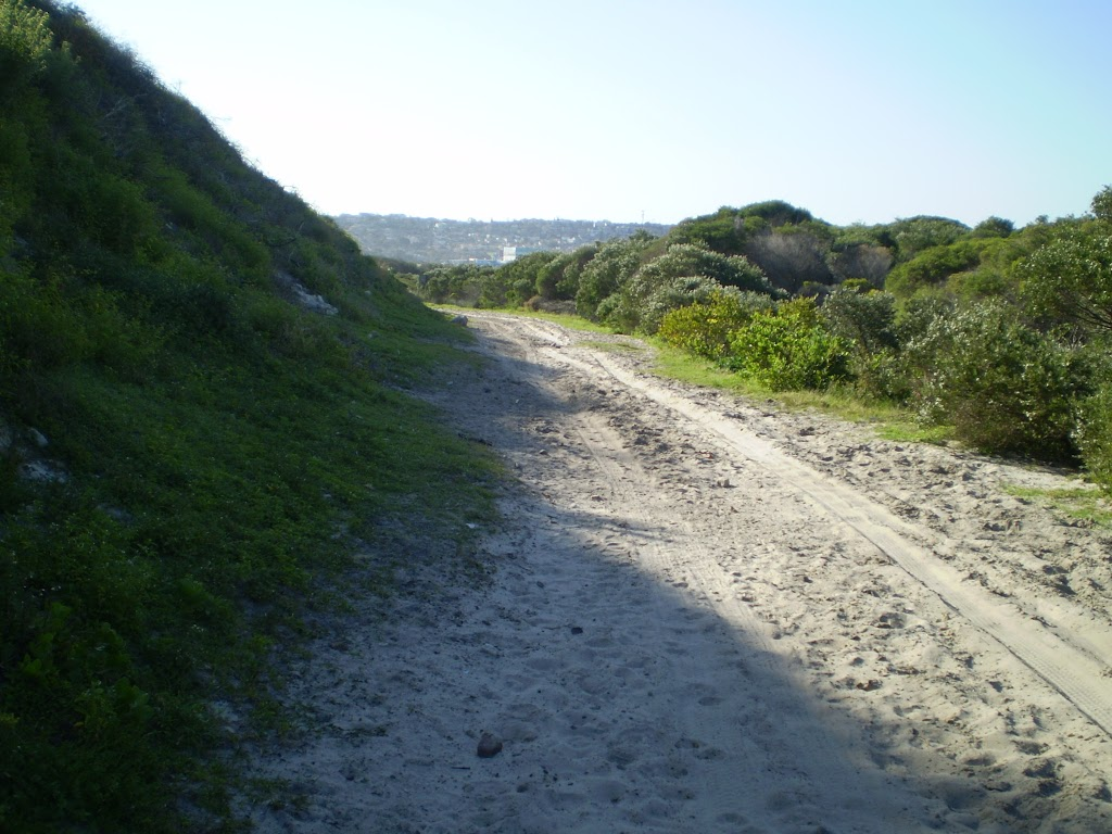 Sandy track near Maroubra Bay and Beach