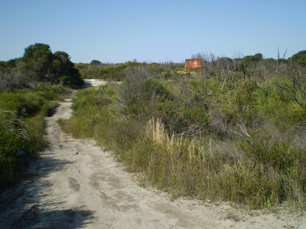 Along Cape Bailey track near Tabbagai Gap