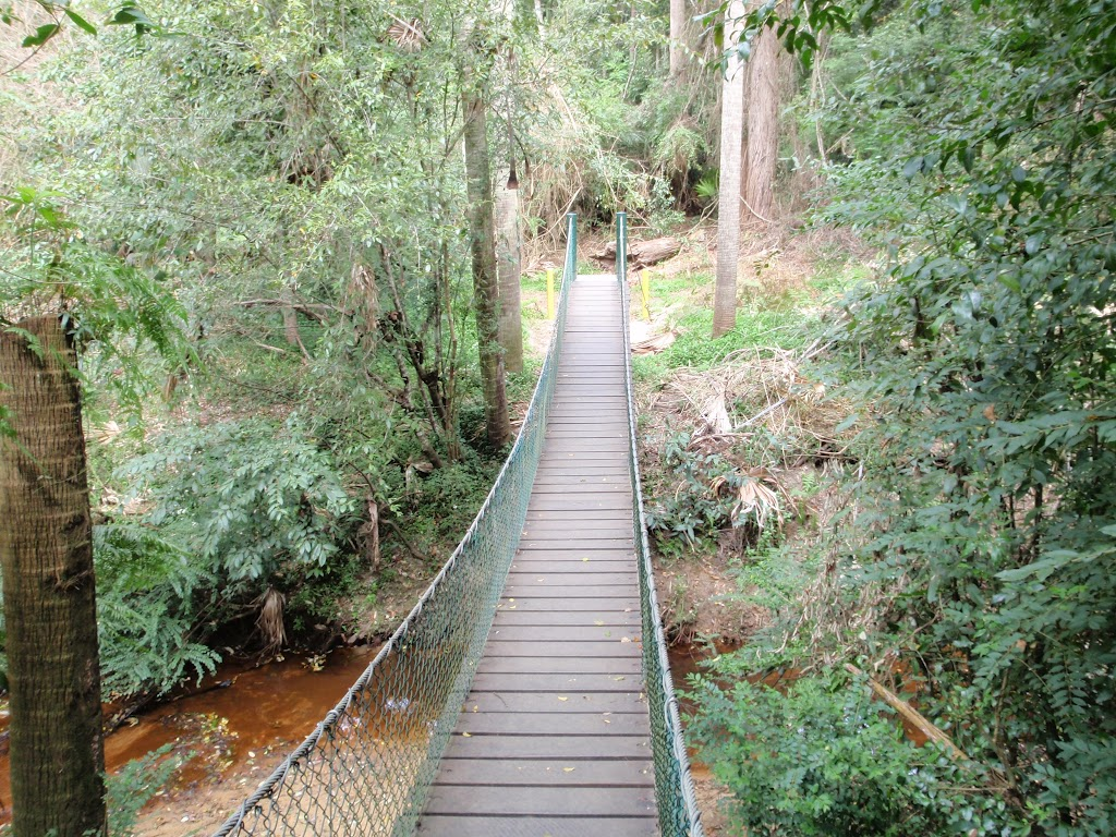 Suspension bridge over Narara creek