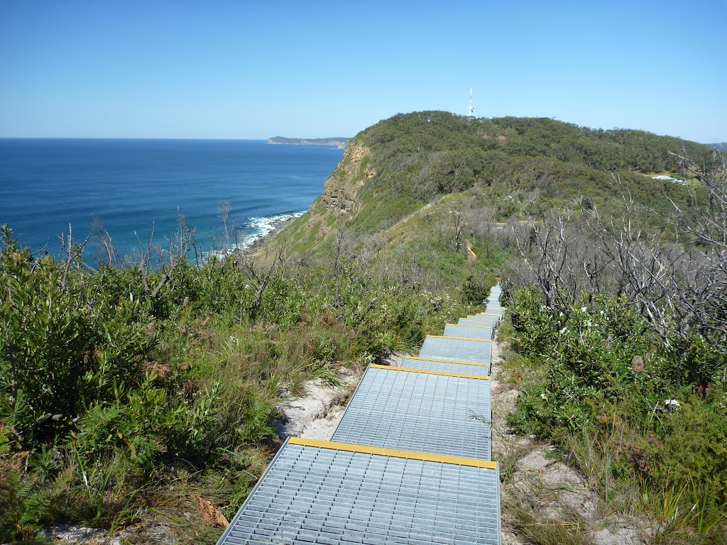 Walkway with amazing views (196088)