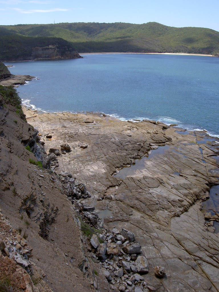 Gerrin Point rocksheld looking to maitland Bay (20018)