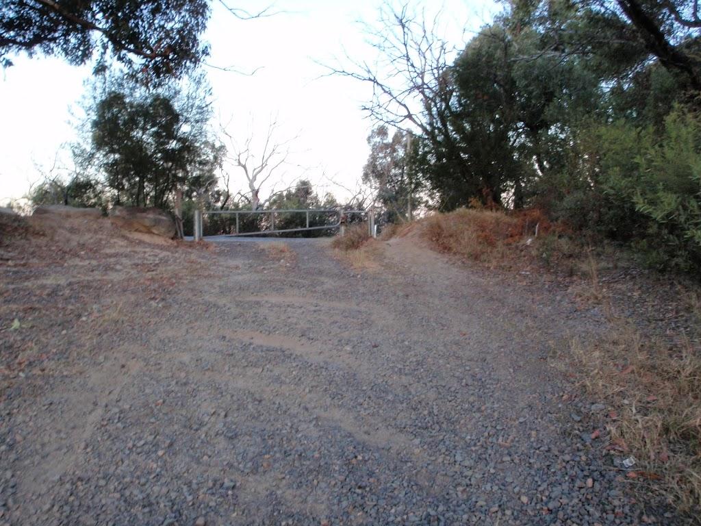 Gate on Tunnel Trail at Woy Woy Rd