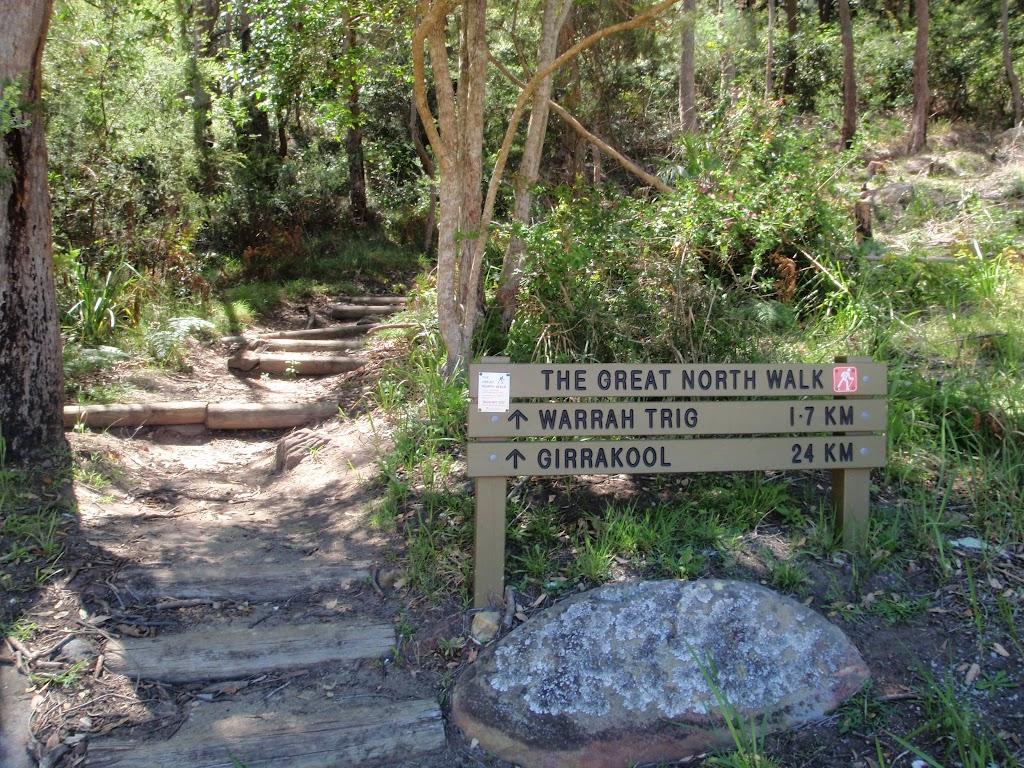 Great North Walk sign at bottom of Patonga Track