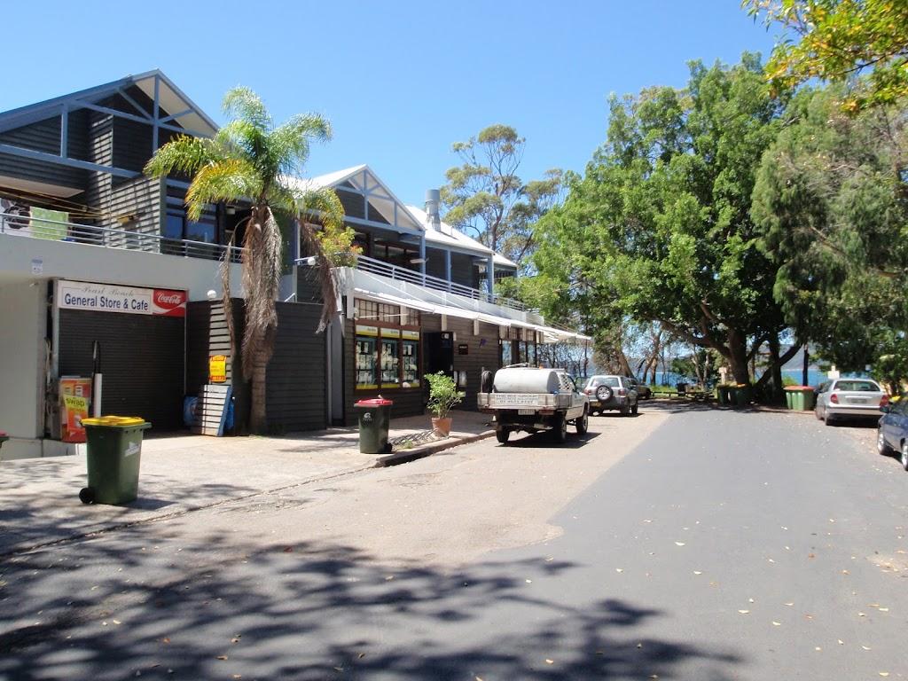 Pearl Beach Shops