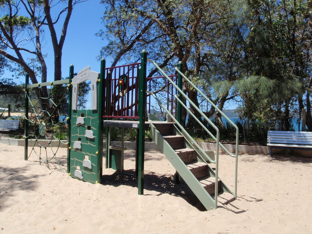 Play equipment at Pearl Beach (220796)