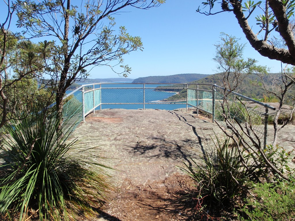 Pearl Beach lookout