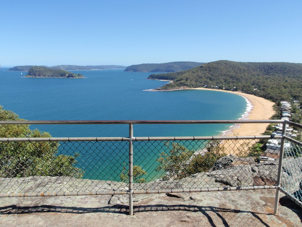 View from Pearl Beach lookout