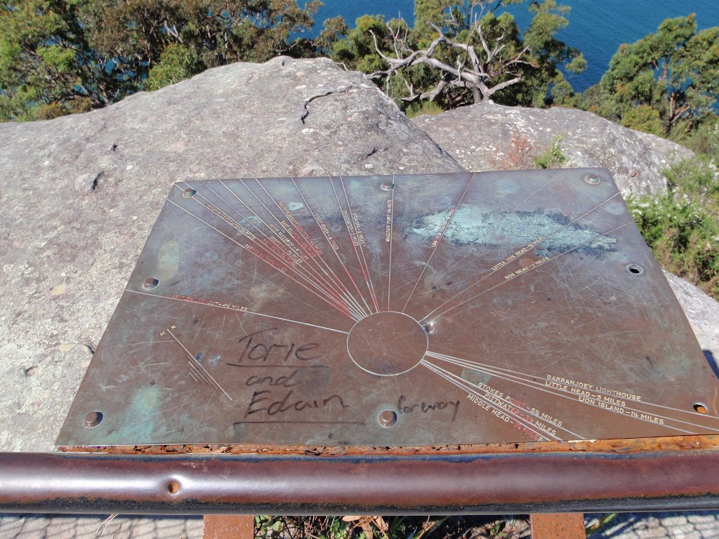 Compass plaque at Mt Ettalong Lookout (221216)