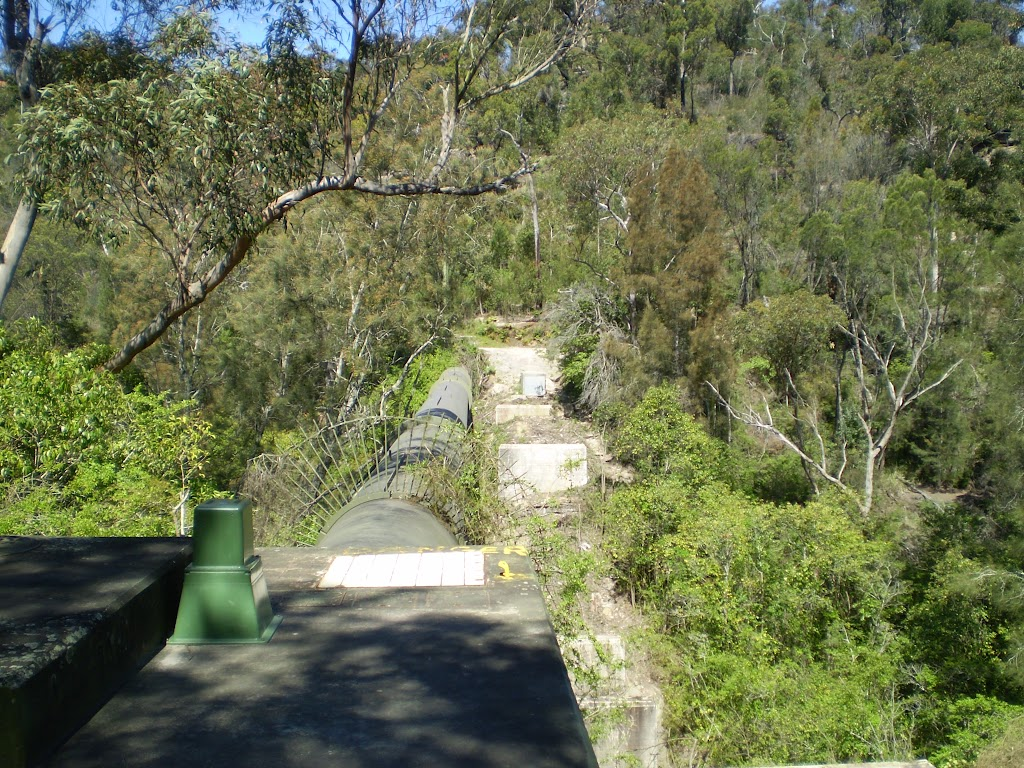 The Gordon Creek pipe bridge (22293)