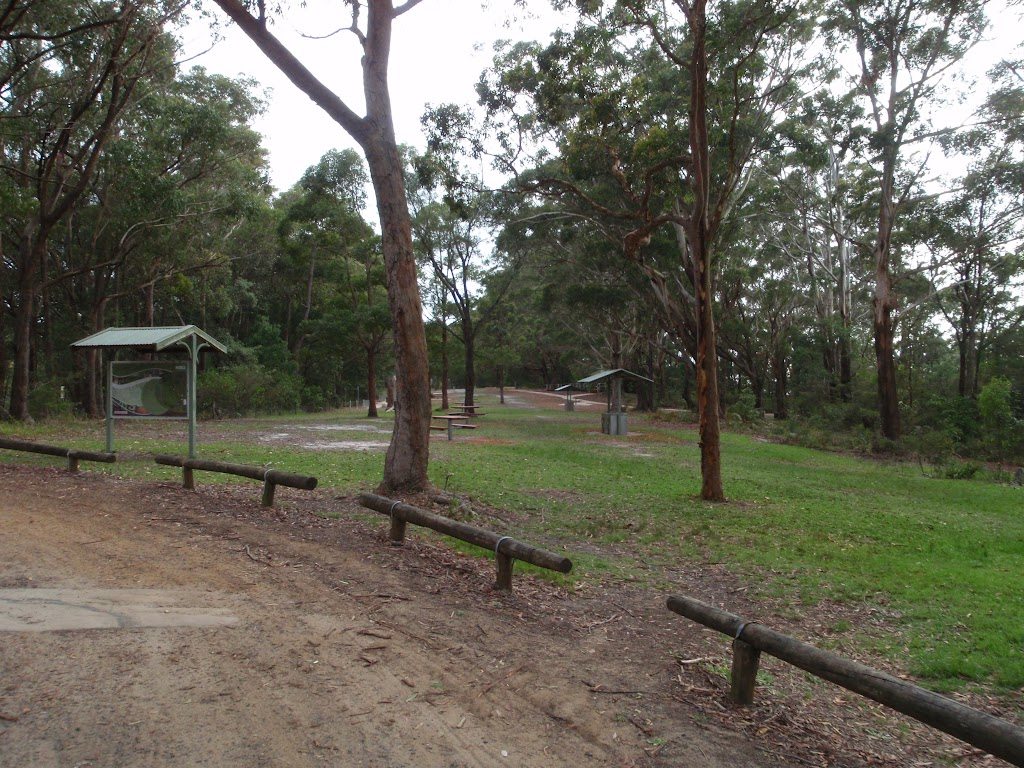 St Johns Picnic area car park (225247)