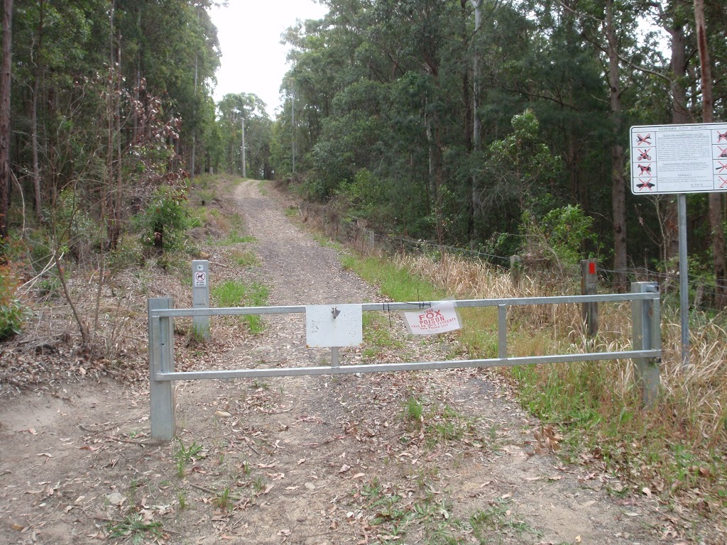 End of Taylors Rd (south)