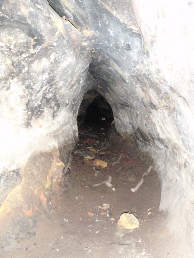 Small tunnel at the back of the cave (233529)