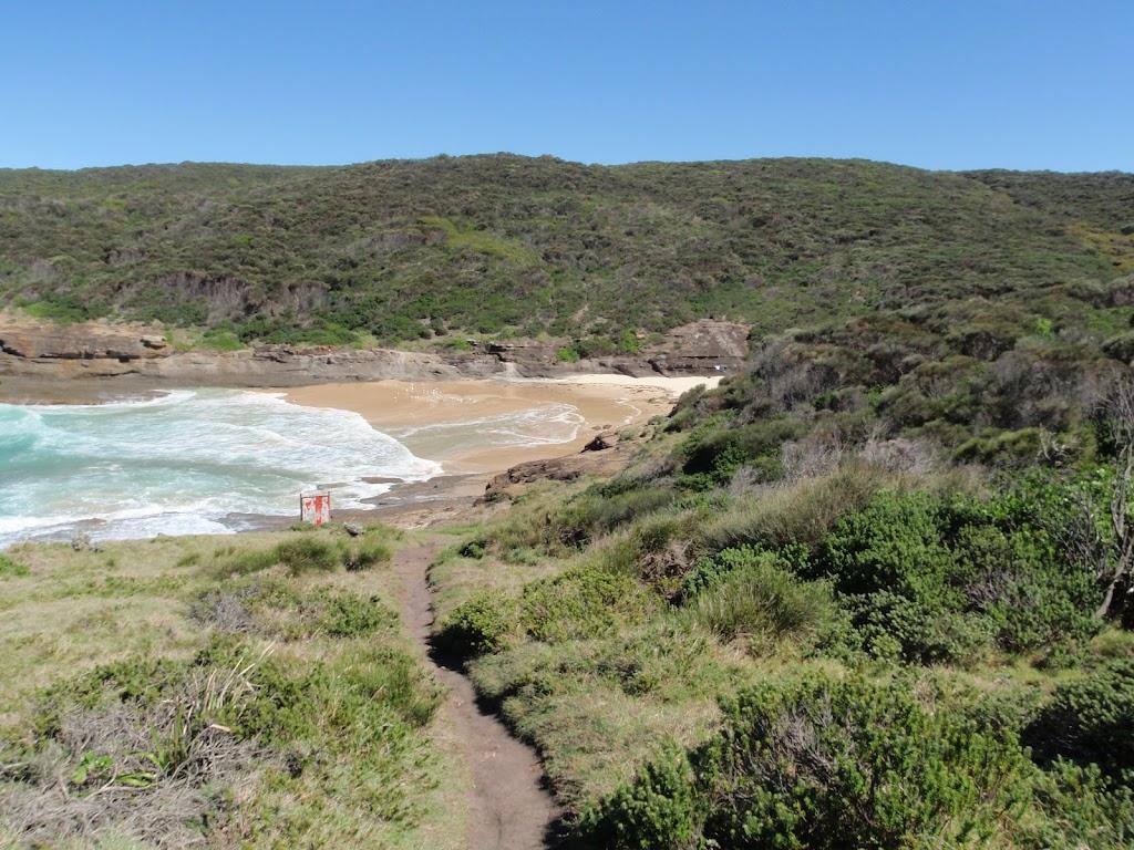 Walking towards Snapper Point beach