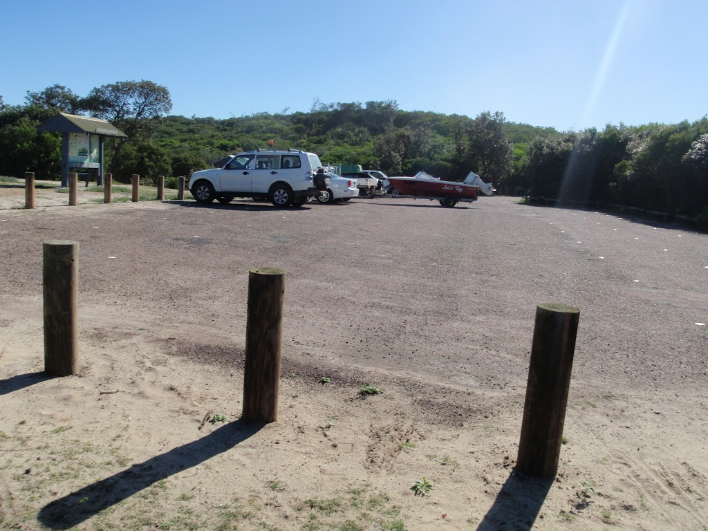 Tea Tree Picnic area car park (251206)