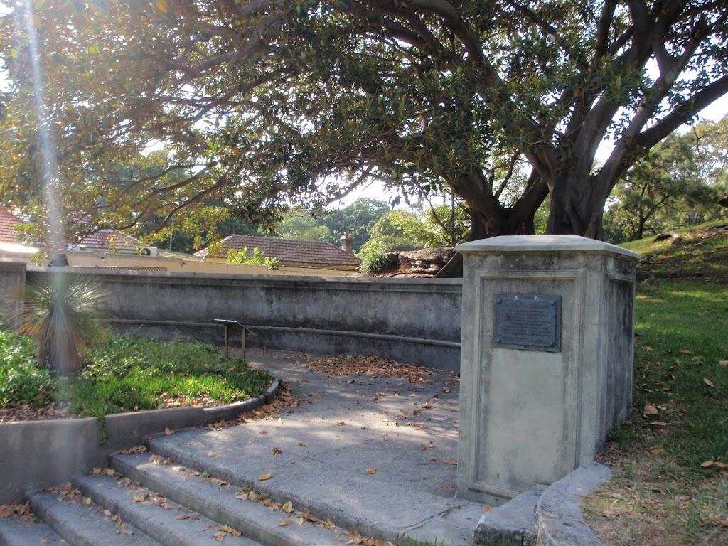 Notting Memorial (252005)