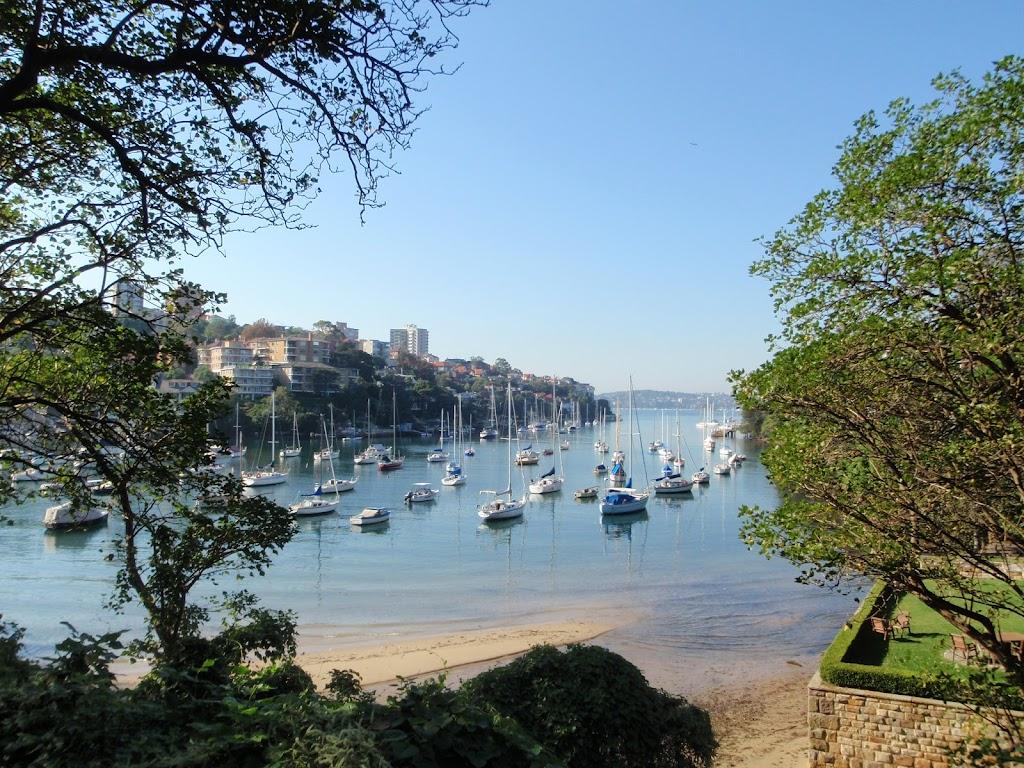Picturesque Mosmans Bay