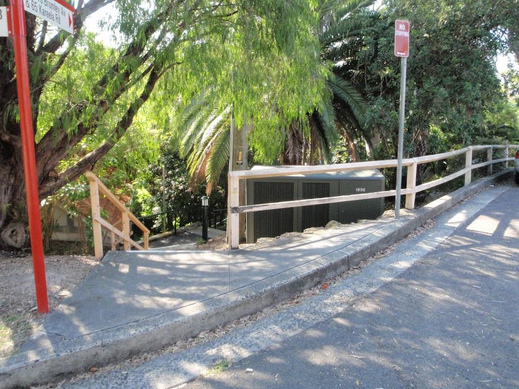 Hodgson Ave steps (258530)