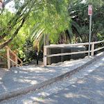 Hodgson Ave steps