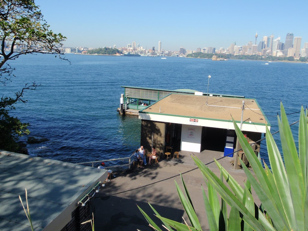 Looking down on Cremorne Wharf