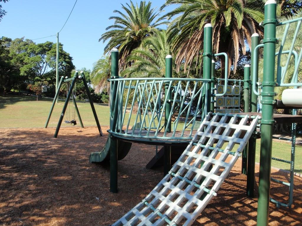 Playground near Cremorne Wharf (259184)