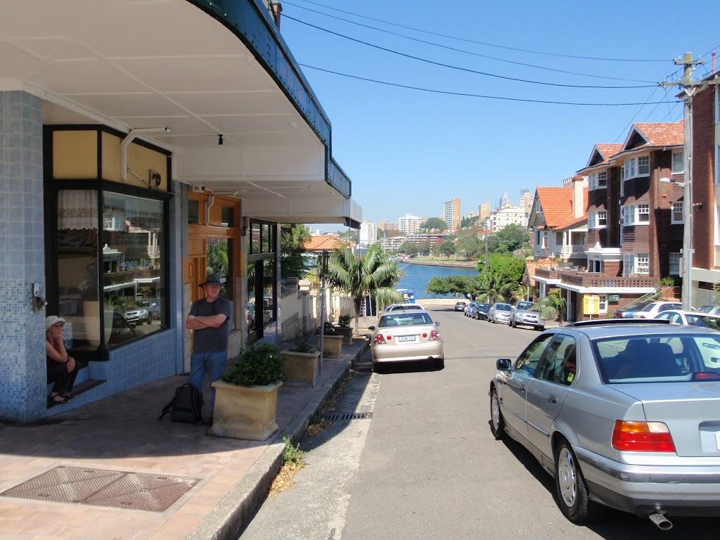 Neutral Bay (Hayes Street) Shops