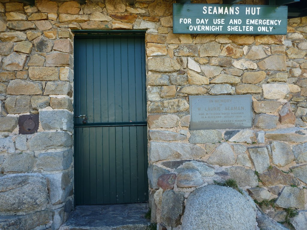 Welcome to Seamans Hut (265820)