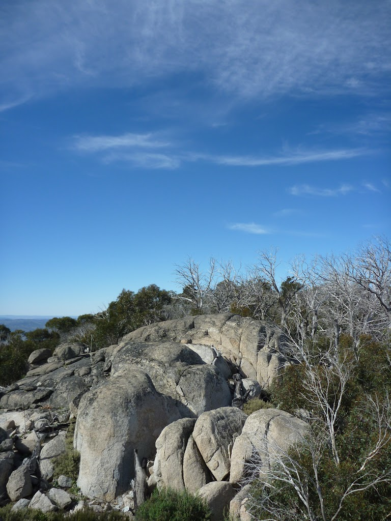 Great granite outcop at the end of Rennix Walk (270320)