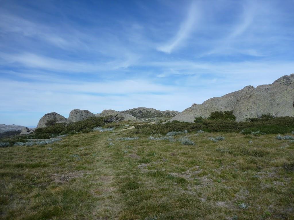 Walking up Kangaroo Ridge