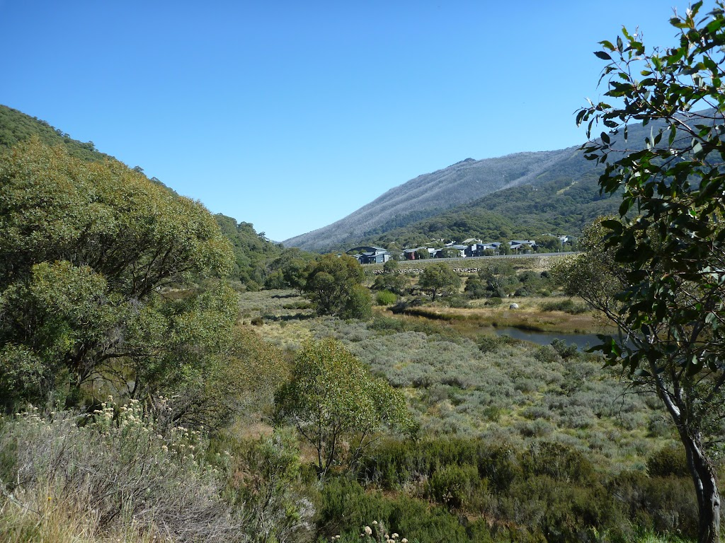 Looking to Thredbo Village from the eastern end of the Pipeline Path