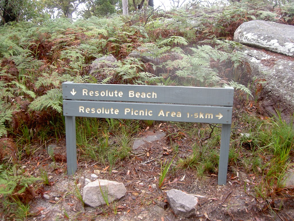 Sign post on Headland Track