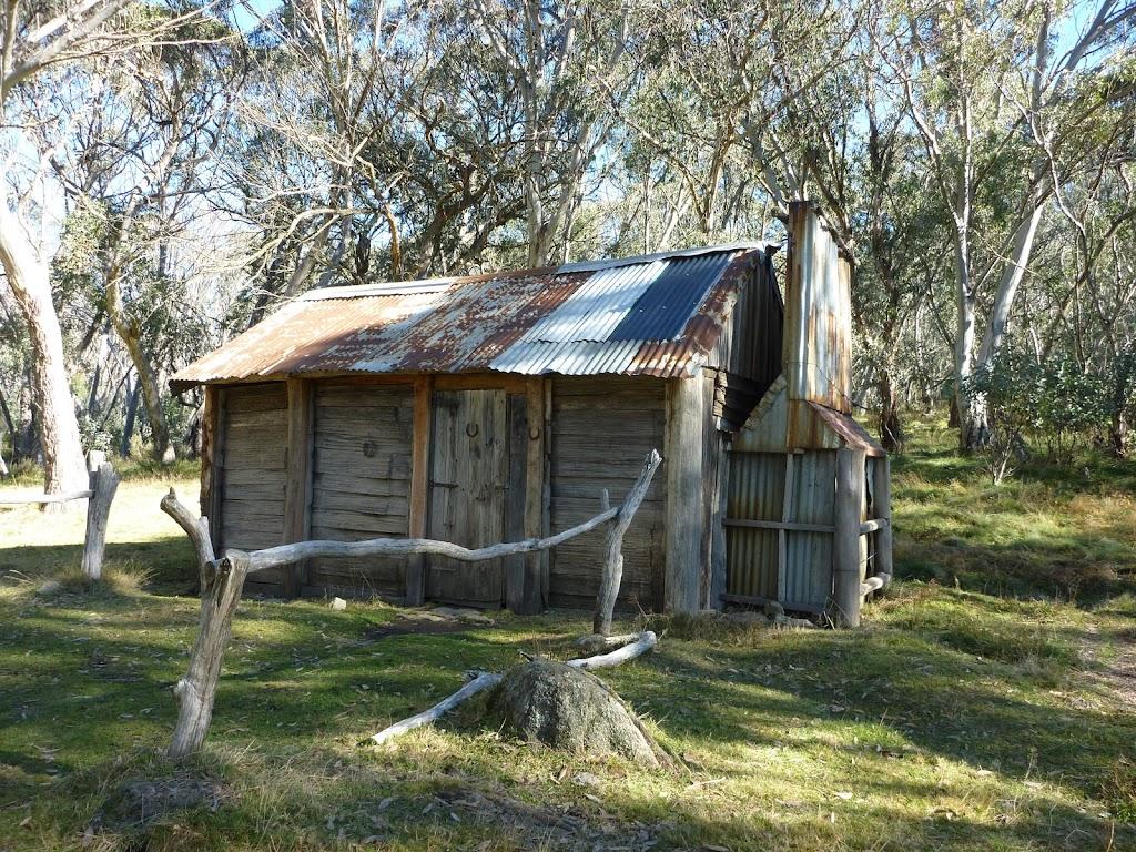 Cascade Hut (282137)