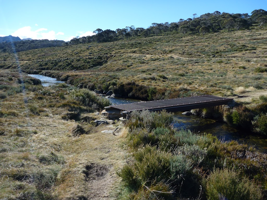 Bridge over the Thredbo River on the Cascade Trail