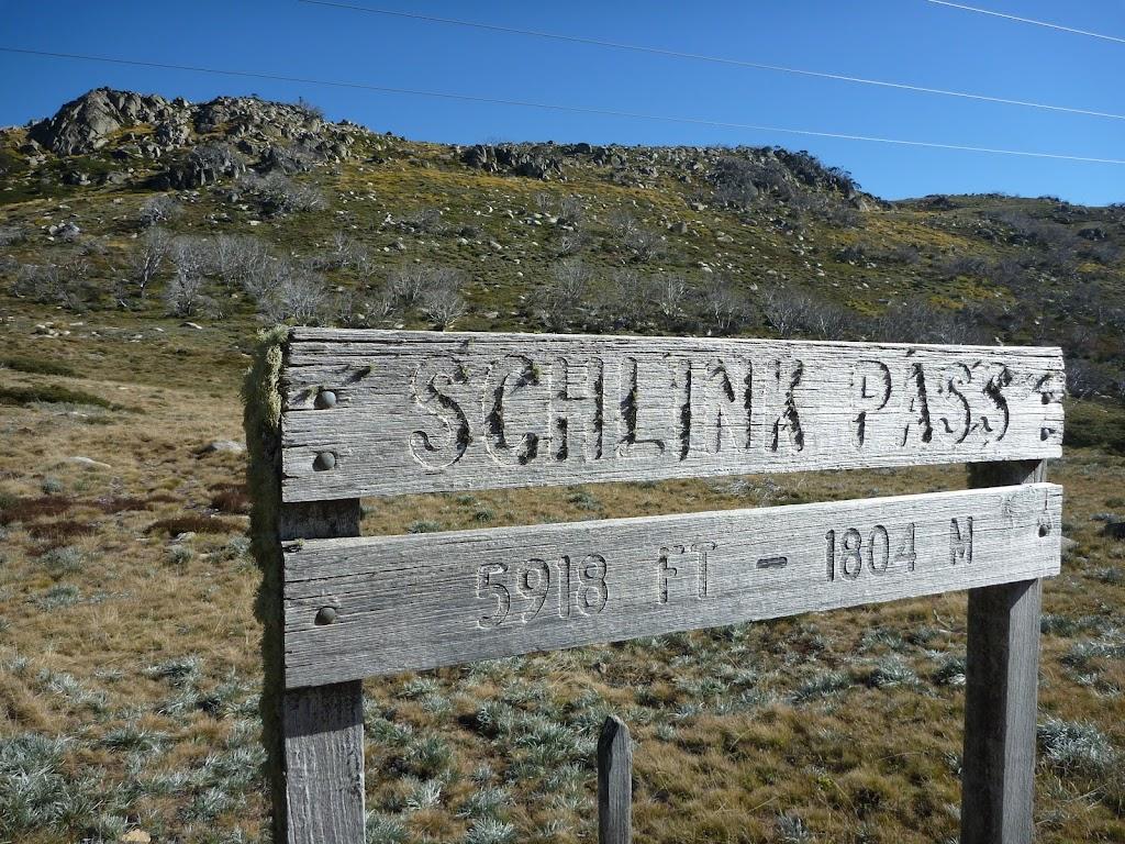 Schlink Pass Signpost