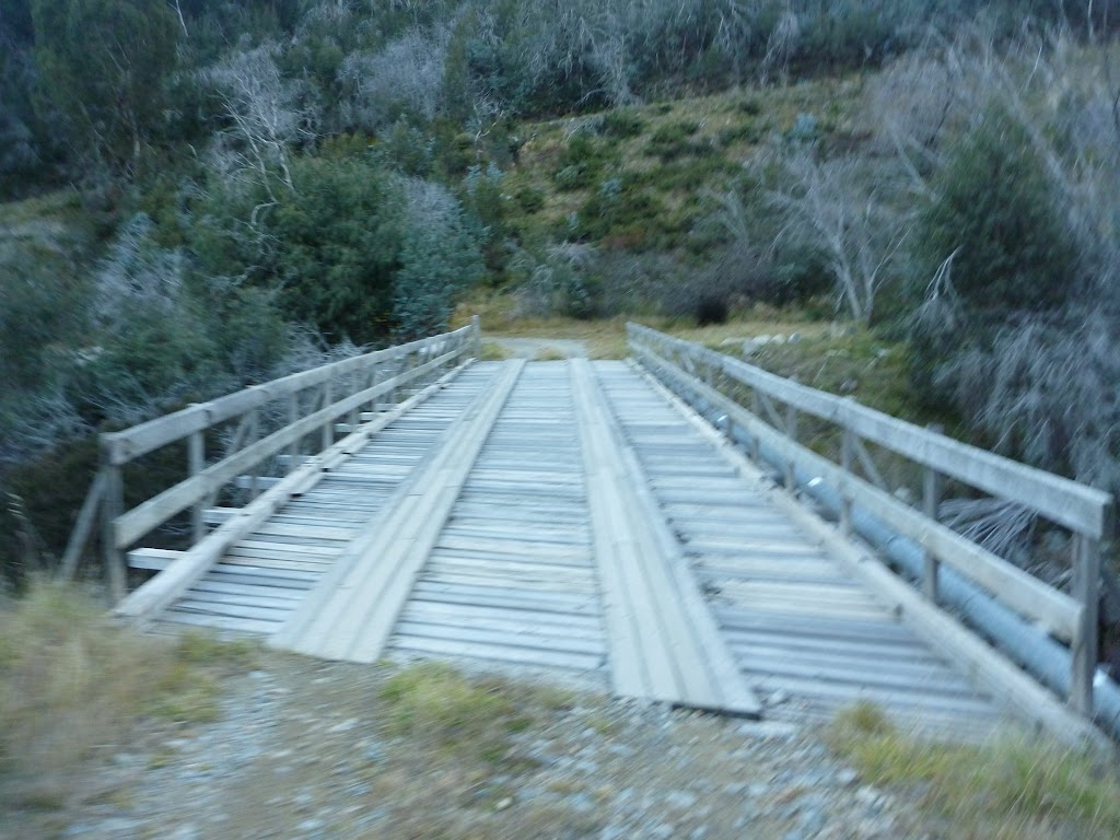 Bridge at the bottom of the Disappointment Spur / Aqueduct Track